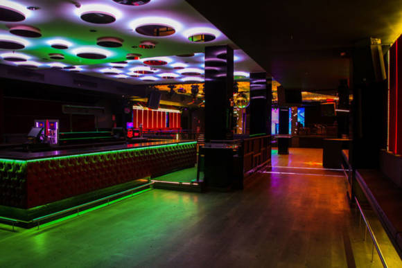 barra-central-vip-central-safari-disco-club-barcelona