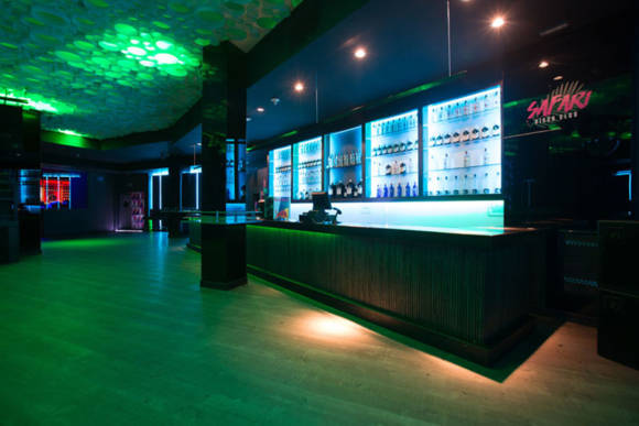 barra-lateral-safari-disco-club-barcelona