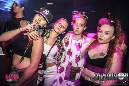 Foto_fiesta_la_mansion_Barcelona_electronic_party_dj_sessio_10_septiembre_2017-15