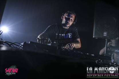 Foto_fiesta_la_mansion_Barcelona_electronic_party_dj_sessio_10_septiembre_2017-5